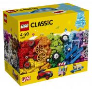 10715 LEGO®  LEGO Classic Klucīši uz riteņiem 10715